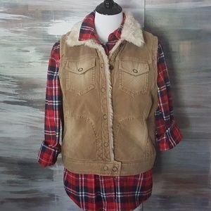 AE Corduroy Vest